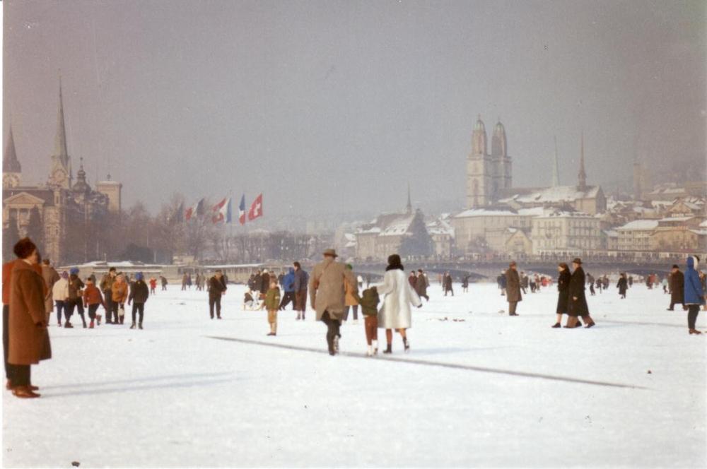 Frozen Zurich Lake (Seegfrörni), 1963